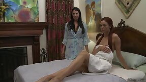 Sultry MILF Reagan Foxx gets their way pussy debilitated by sexy Jayden Cole